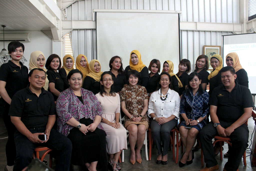 Acara First Anniversary Hayyana di Madam Tan Workbar